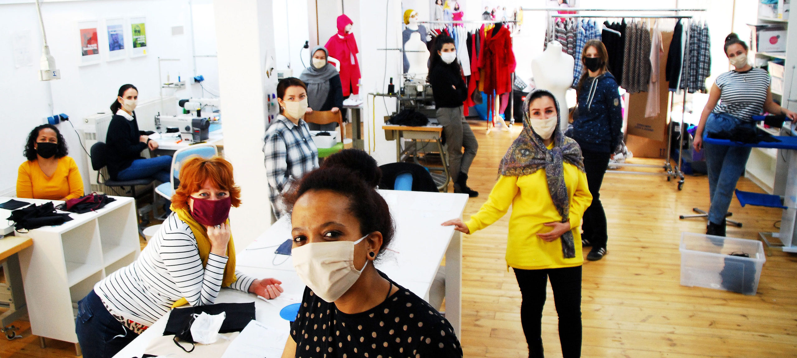 Werkstatt der Mund-Nasen-Schutz Produktion