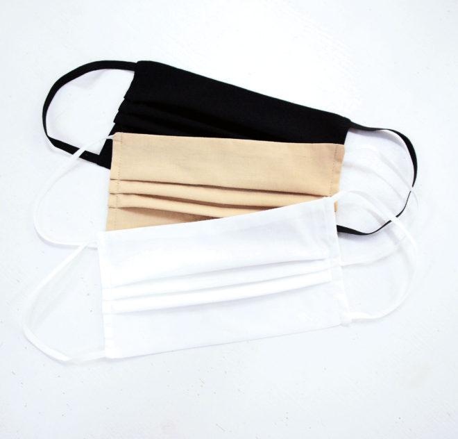 Mund- und Nasenmaske aus 100% Baumwolle in beige, schwarz und weiß